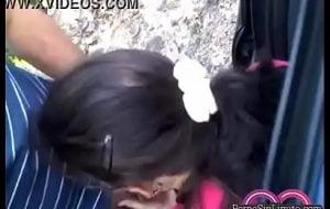Cuñada mamando la verga en un dia de campo con la familia sorexxx